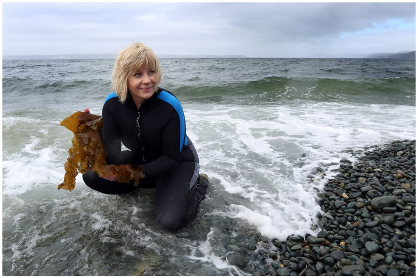 Lisa Walsh Collects Kelp for Indigena Skincare Products